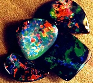 Goldfinger Mine Boulder Opals.jpg