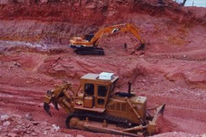 Boulder Opal Mining Machinery.jpg