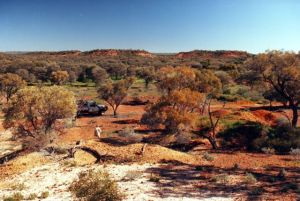Queensland Opal Fields - Eromanga - Old Shafts.jpg