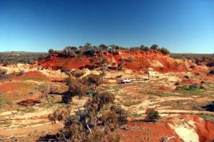 Queensland Opal Fields - Eromanga Mesa.jpg